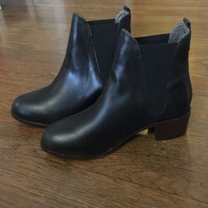 Compound Chelsea Boot H by Hudson